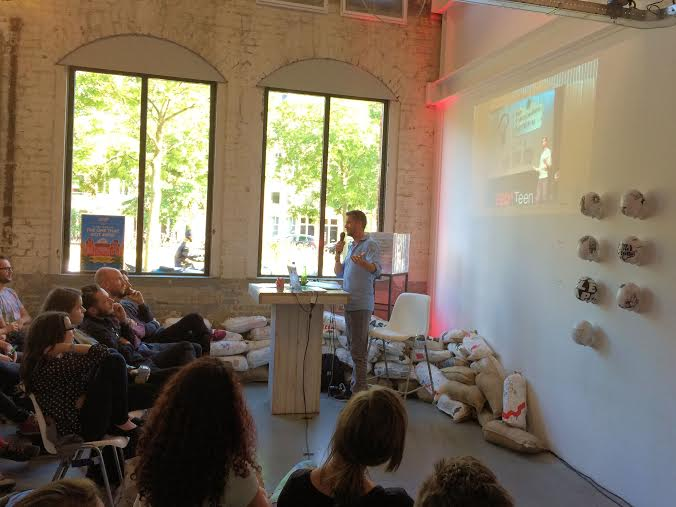 The Backpacker Intern - Presentation at Club ADCN Amsterdam - Speaking