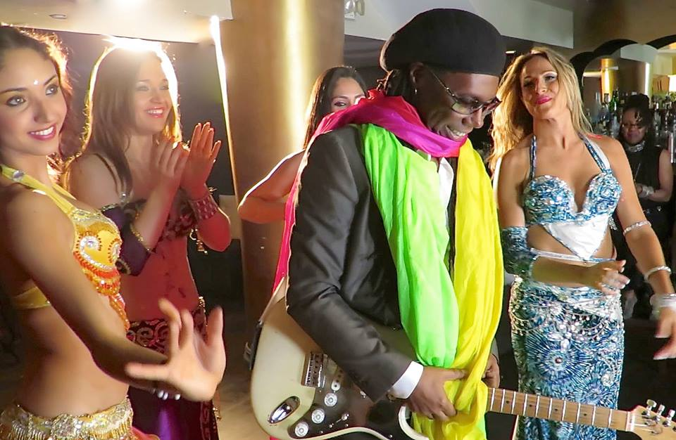 nile rodgers videoshoot the backpacker intern