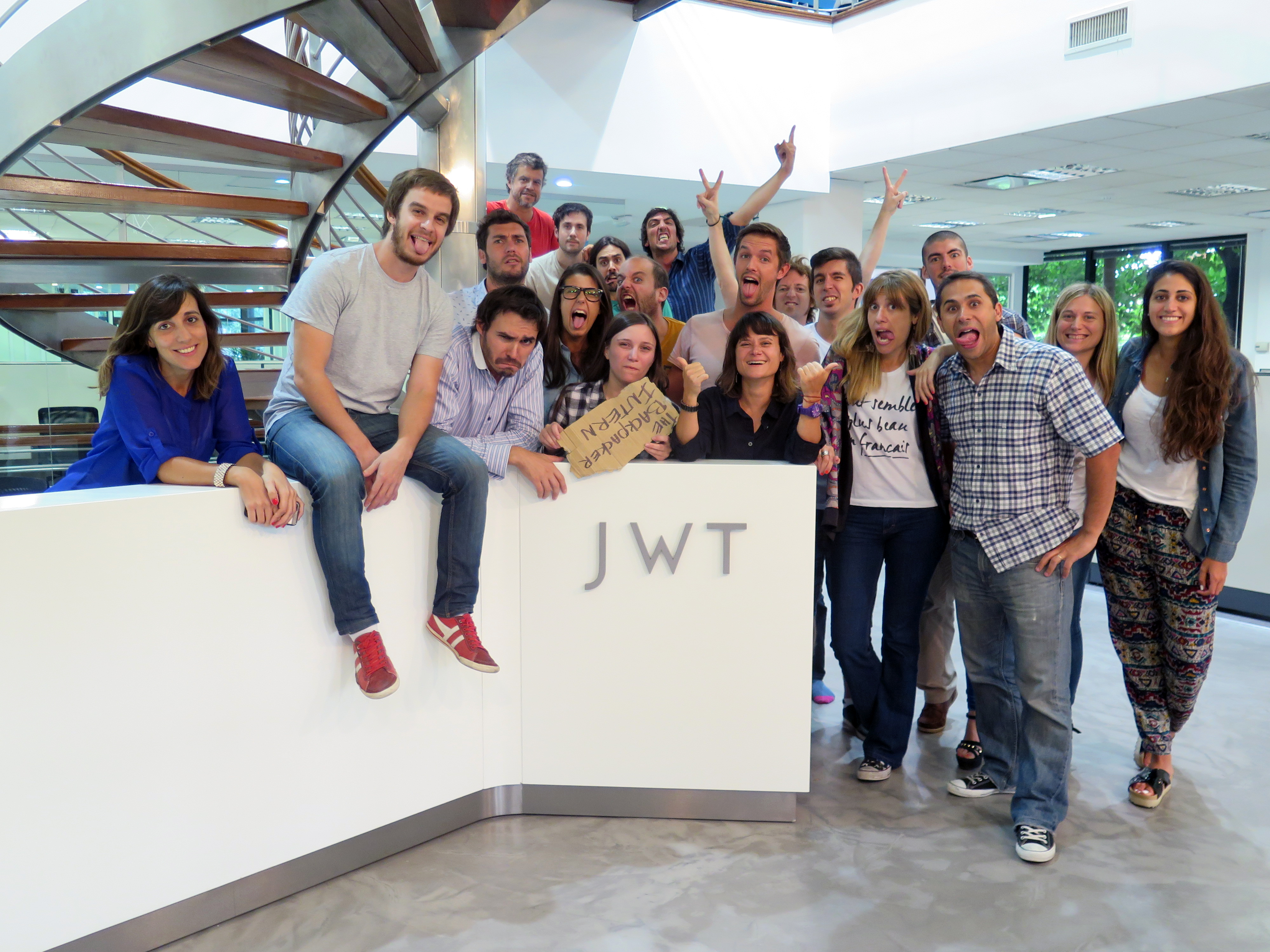 TheBackpackerIntern with JWT Argentina Crew